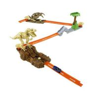 Hot Wheels Trick Tracks Jurassic Starter Set Stunt Set