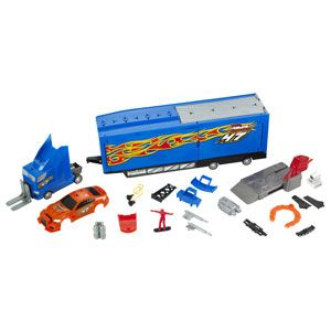 Hot Wheels Custom Motors Ultimate Repair Rig