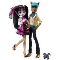 Monster High Draculaura and Clawd Wolf Giftset