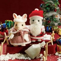 Calico Critters Santa & Mrs. Claus