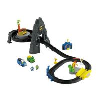 GeoTrax DC Super Friends The Batcave RC Set