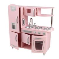 Vintage Kitchen in Pink