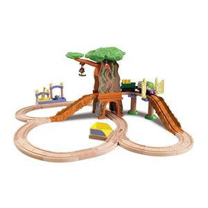 Chuggington Wooden Railway Koko's Safari Set with 2-in-1 Tree Tunnel